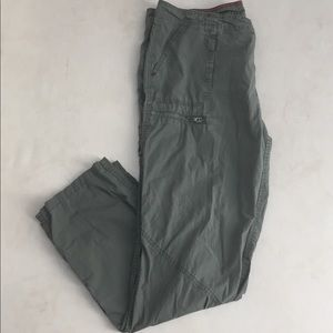 Tommy Hilfiger Cargo Pants Utility Army Green 16